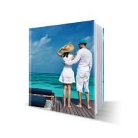 Livre photo rigide, cahier cousu, avec couverture imprimée 21x21 cm